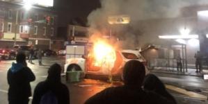 """Terror """"antyrasizmu"""". Policjantka zwolniona za nazwanie uczestników zamieszek BLM """"terrorystami"""""""