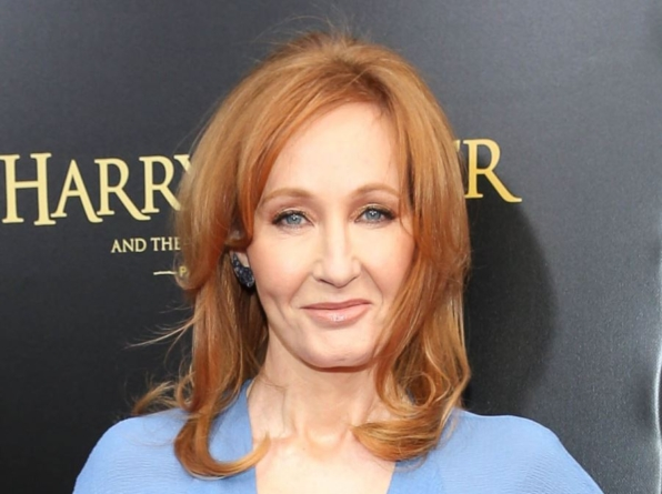 "Festiwal książki bojkotuje Harry'ego Pottera! Winna ""transfobia"" Rowling"