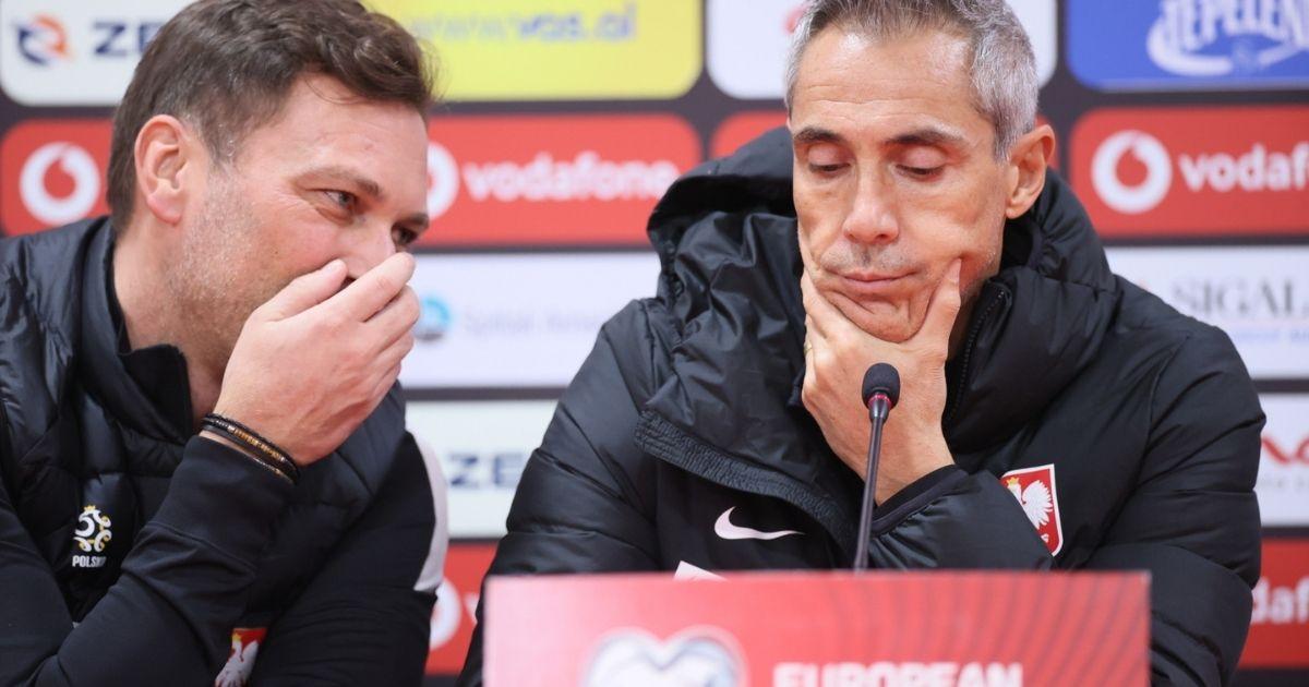 Trener piłkarskiej reprezentacji Polski Paulo Sousa rzecznik prasowy PZPN Jakub Kwiatkowski.